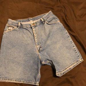 🌺3/$20 vintage Wrangler high waisted  jean shorts
